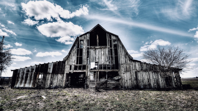 old_stable_barn