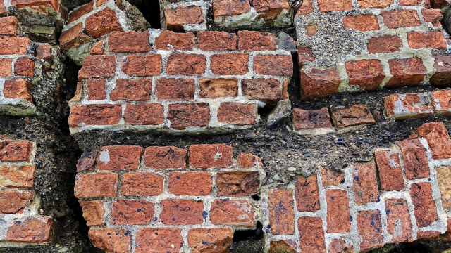 red_brick_wall_broken
