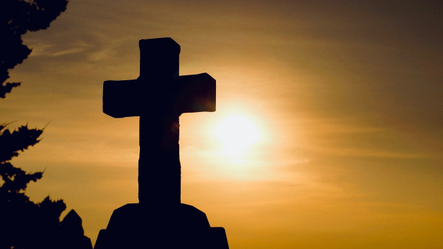 stone_cross_sunset
