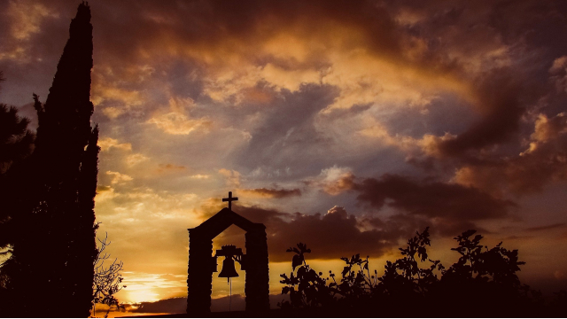 sunset_clouds_bell_cross